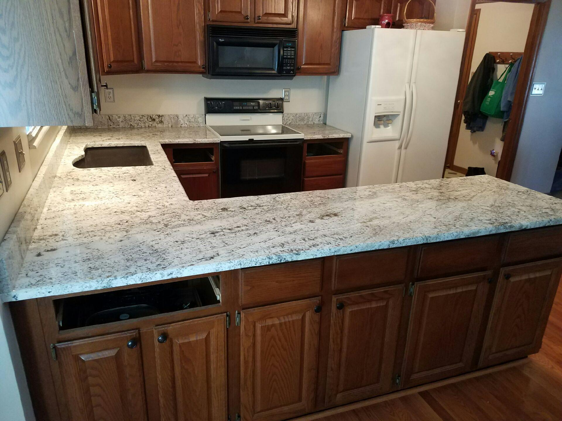 Granite Kitchen Countertop | Gallery | Granite Slabs | O\'Fallon MO