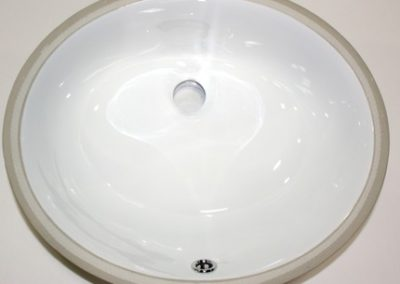Porcelain Oval - White